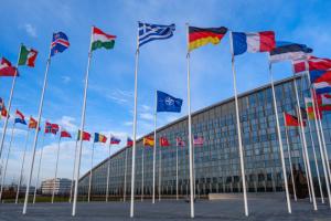 В НАТО поддержали санкции США против России и вспомнили о Будапештском меморандуме