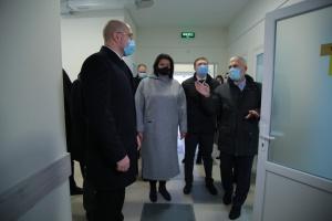 Шмигаль у Львові відвідав Центр легеневого здоров'я