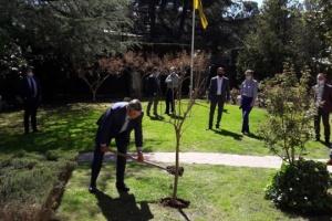 """La Embajada de Ucrania en España se suma a la campaña """"Ecologización del planeta"""""""