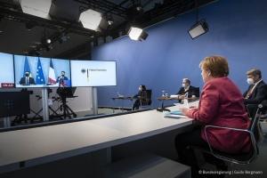 Меркель, Зеленский и Макрон призвали Россию отвести войска от украинской границы