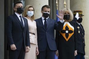 Президент в Париже: Украина нуждается в поддержке и конкретике