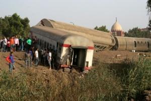У Єгипті потяг зійшов з рейок, майже сто осіб поранені