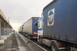 Червоний Хрест доставив у ОРДЛО ще 120 тонн гумвантажу