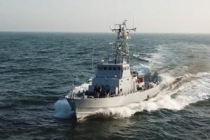Відбивали «удари» з повітря: кораблі України і Румунії провели навчання у Чорному морі