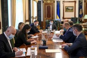 Великдень на карантині: Зеленський закликає українців святкувати розважливо