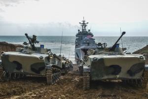 Starke Landungskräfte Russlands auf der besetzten Krim – Defense Express