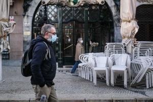 Португалія ще більше послаблює карантин — відкриває ТЦ, ресторани і школи