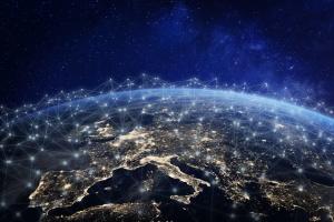 Amazon обрала компанію для запуску понад 3000 інтернет-супутників