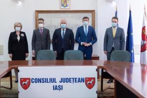У Румунії український дипломат обговорив потреби українців повіту Ясси
