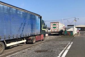В ОРДЛО доставили майже 100 тонн гуманітарного вантажу