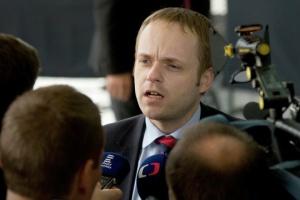 У Чехії новий голова МЗС – попередник пішов через Sputnik V та участь Росії у проєкті АЕС