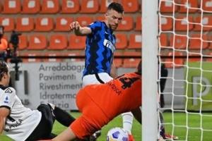 Серия А: «Интер» играет вничью со «Специей»