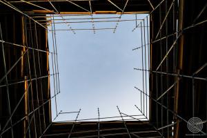 «Куб» на алеї Героїв Небесної Сотні демонтують