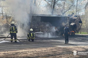 Під час пожежі у військовій частині на Луганщині постраждали троє бійців - ДБР