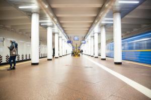 В субботу из-за футбола возможны изменения в работе трех станций столичного метро