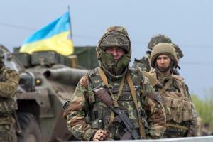 Окупанти дев'ять разів зривали «тишу» у зоні ООС, поранений український боєць