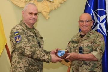 Chomczak spotkał się z przewodniczącym komitetu wojskowego NATO