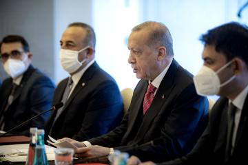Erdogan: Nous cherchons à résoudre le différend russo-ukrainien par les négociations