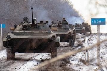 Borrell y Blinken preocupados por la concentración de fuerzas militares rusas en las fronteras con Ucrania