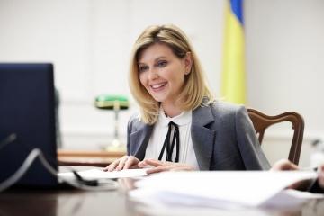 Олена Зеленська розповіла, чому не дає порад Президентові