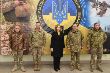 Украина не делала и не делает провокационных действий против России - Квин
