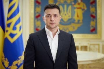 Prezydent - Ukraina nie rozpoczyna wojny jako pierwsza, ale zawsze walczy do końca
