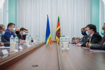 スリランカ軍代表団とウクライナ国営防衛コンツェルン総裁会談