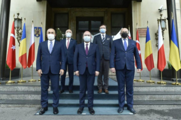 Kuleba: Países del flanco oriental de la OTAN apoyan a Ucrania y sus aspiraciones euroatlánticas