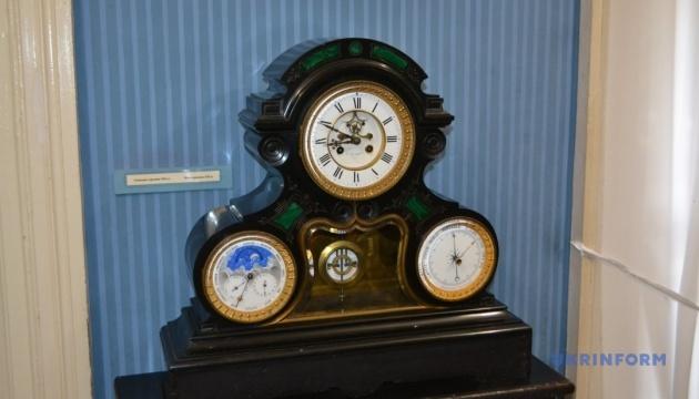 Мармуровий годинник непоступливого адмірала