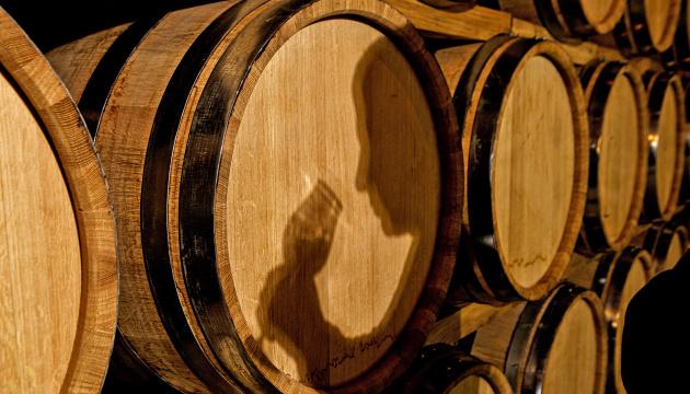 У світі за 2020 рік випили вина об'ємом з Байкал