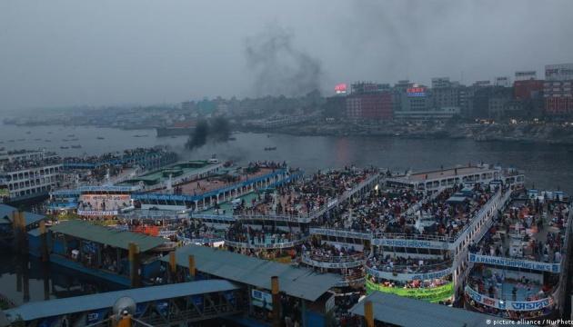 У Бангладеш затонув пором із 50 пасажирами: є загиблі