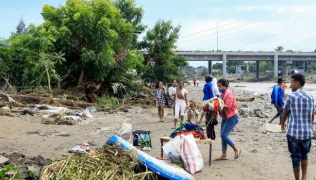 Кількість жертв зсуву і повені в Індонезії та Східному Тиморі перевищила сотню