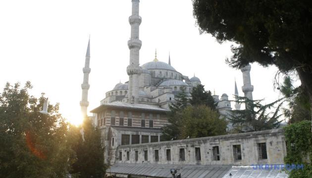 В Турции накануне локдауна люди массово выезжают из Стамбула