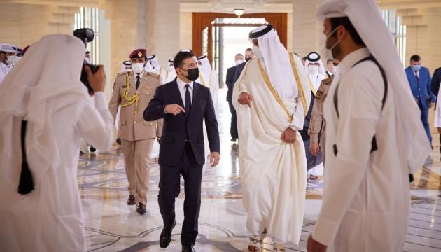 Zełenski - Relacje z Katarem osiągną nowy poziom