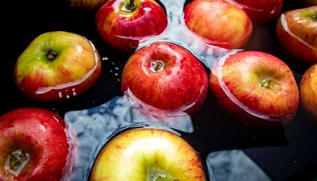 Спасительные яблоки: полезные свойства и правила употребления