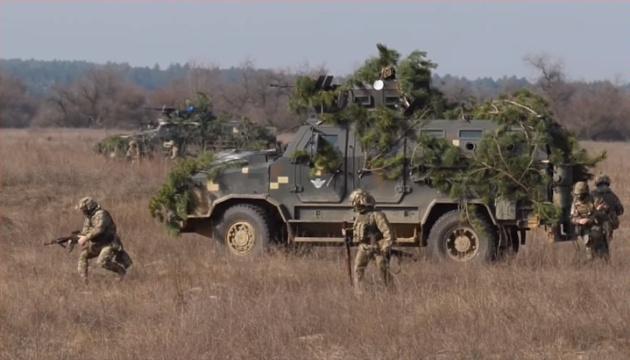 Десантники відпрацювали протидію противнику на узбережжі поблизу Криму