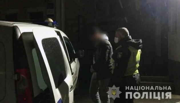 У Києві затримали зловмисника, який вистрелив уіноземця
