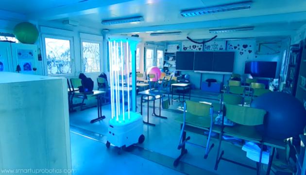 В Венгрии создали робота-дезинфектора с искусственным интеллектом