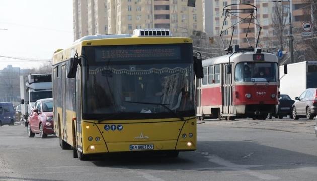 Кличко пояснив, чим українські автобуси поступаються білоруським МАЗам