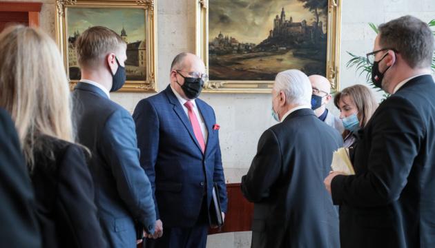 Глава МЗС Польщі обговорив ситуацію на сході України з Кравчуком і Резніковим