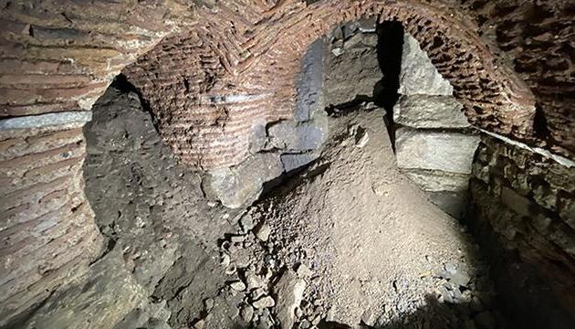 У Туреччині під час розкопок у палаці Топкапи знайшли галерею римського періоду