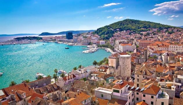 МАУ в червні відновить рейси до Хорватії