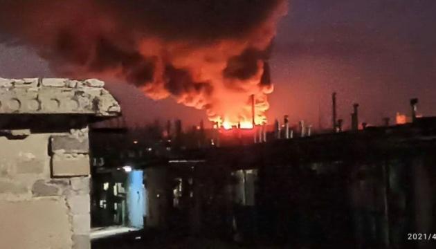 В окупованому Донецьку горить місцевий м'ясокомбінат