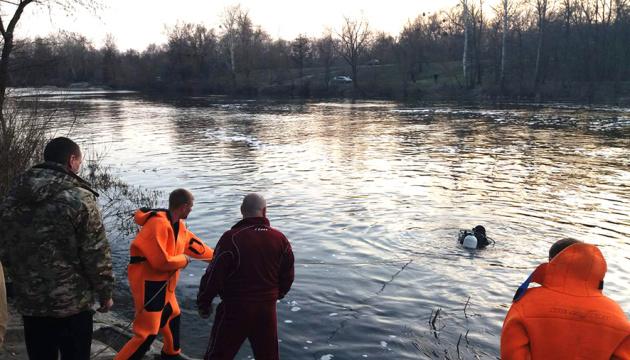 У Полтаві на річці перекинувся човен, є загиблі