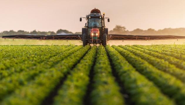 Франция выделит миллиард евро на помощь аграриям после заморозков