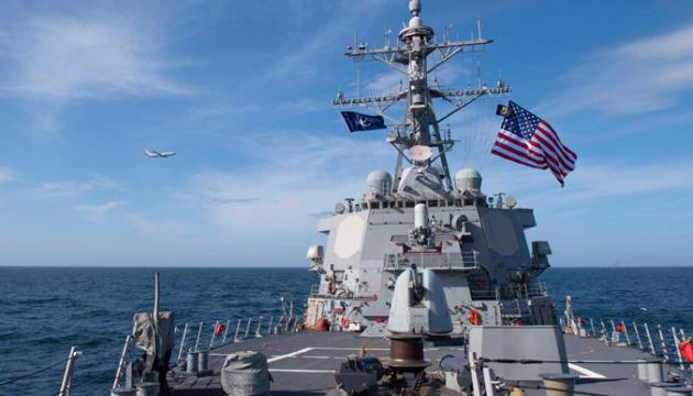 Росія пригрозила США через кораблі у Чорному морі: «Їм краще триматися подалі від Криму»