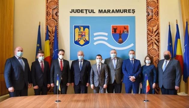 Український дипломат зустрівся з головою Союзу українців Румунії