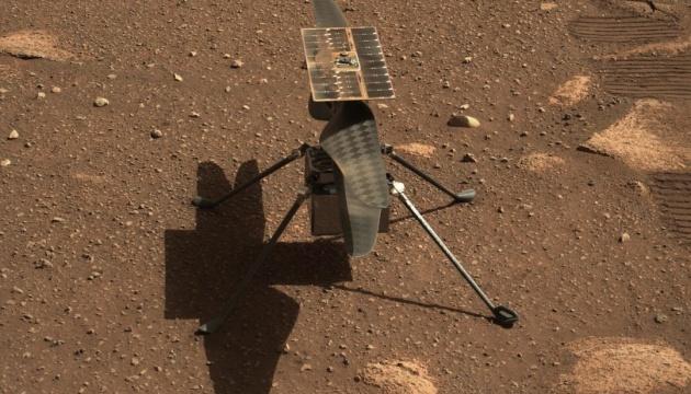 NASA вновь откладывает первый полет вертолета на Марсе