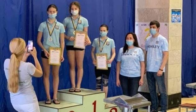 У Миколаєві стартував чемпіонат України зі стрибків у воду