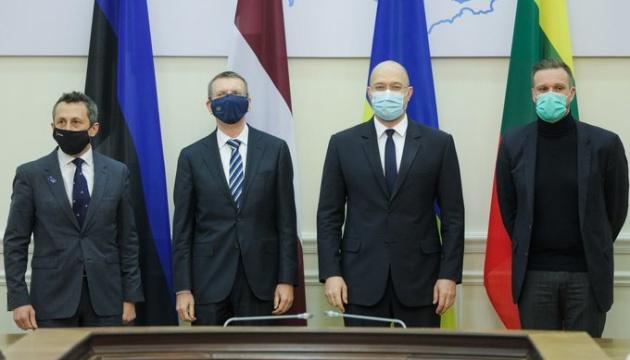 Шмигаль подякував Литві, Латвії та Естонії за підтримку України